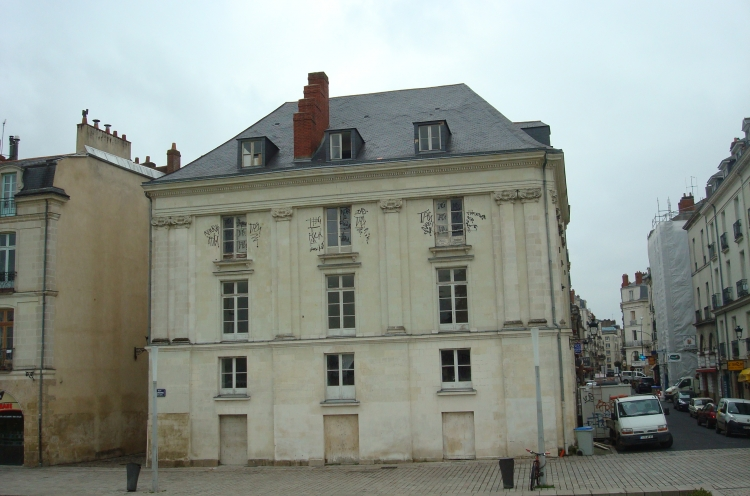 1BIS QUAI TURENNE - Photo 1