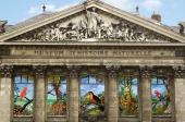 Gaalon Guerlesquin et Barnes Nantes La Baule : mécènes de la mise en lumière de la nouvelle frise ornementale du Muséum d'Histoire Naturelle